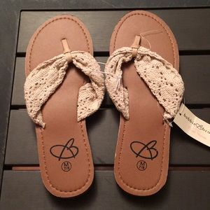 NWT WOVEN THONG SANDALS